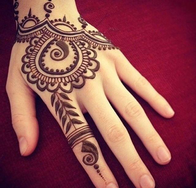 Henna Tattoo Unique Eyebrow Threading